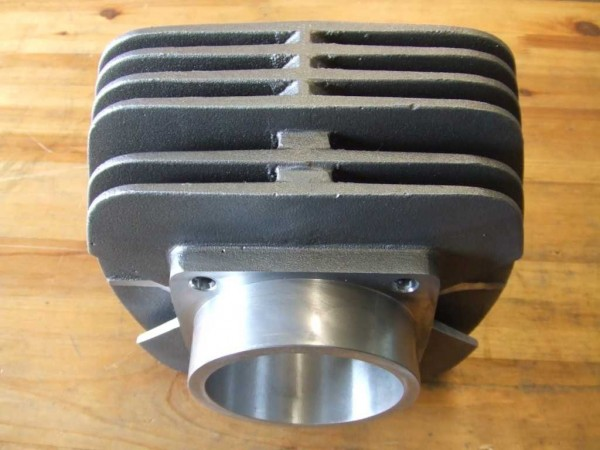 Air-cooled cylinder for TC/TE 510