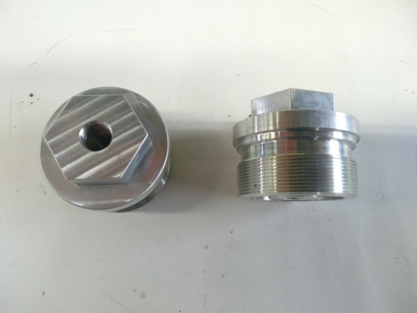 Plugs for 43mm Showa forks